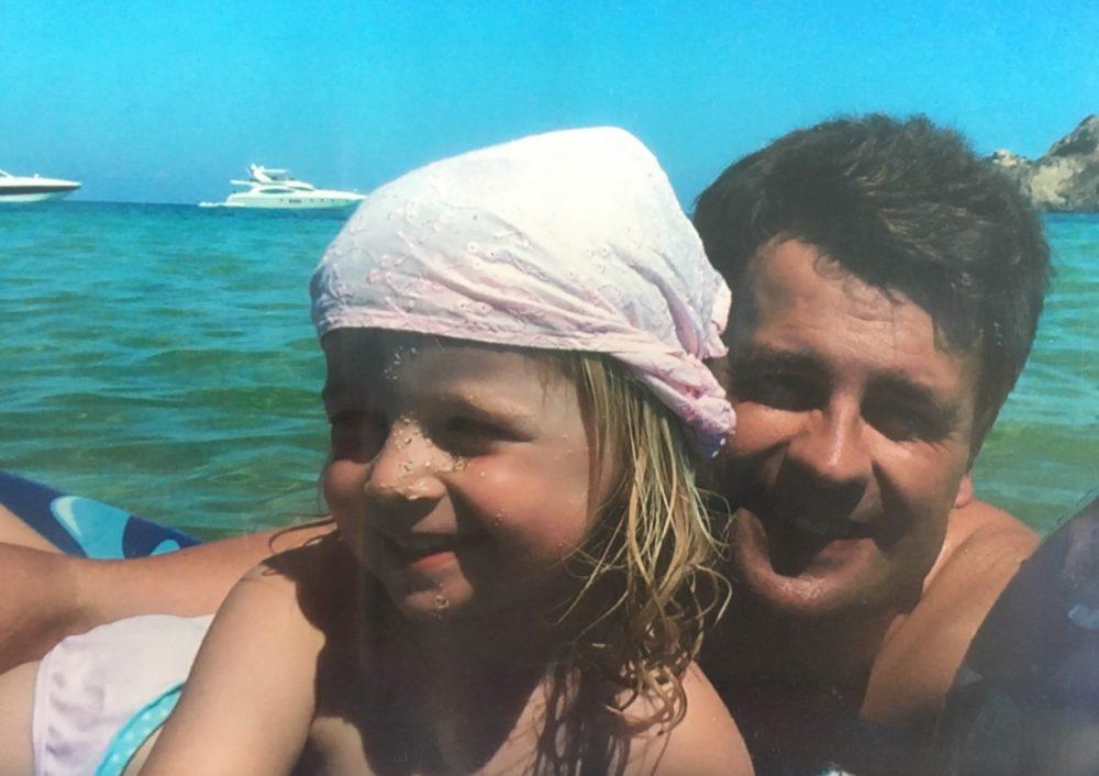 Am Strand mit Papa