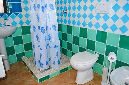Moderne Badezimmer neuesten Standards auf unserem Ferienhof auf der beliebten Insel Sardinien