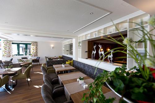 Die neuen Speiseräume des Familienhotels Flachau laden zu gemütliche Stunden ein