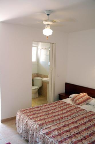 Alle Zimmer unseres Familienhotels auf Mallorca verfügen über Deckenventilatoren