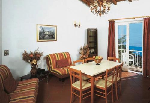 Von den meisten Familienappartements haben Sie einen schönen Blick auf den Gardasee