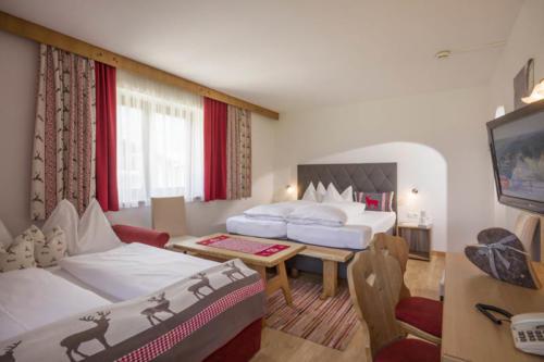 landhotel-zillertal-fuegen-10