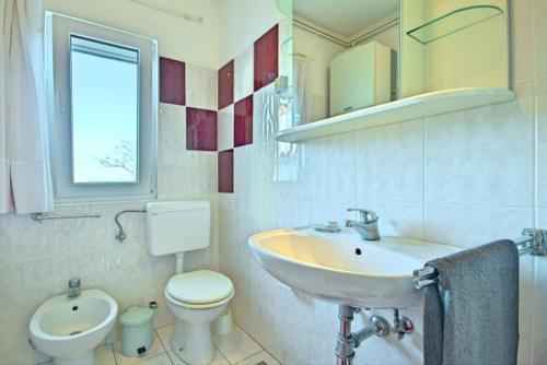 preiswerte-villa-mit-privatpool-12