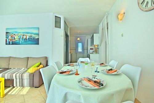 preiswerte-villa-mit-privatpool-22