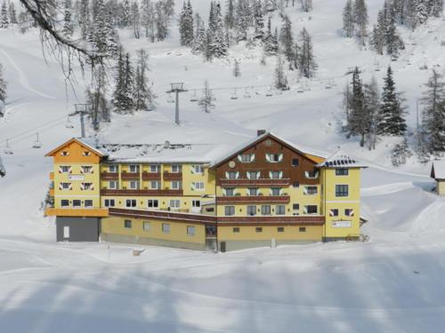 skihotel-an-der-piste-6