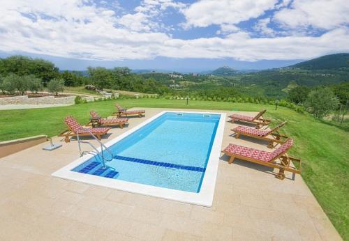 villa-mit-panoramablick-3