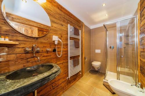 Hübsch gestaltete Badezimmer